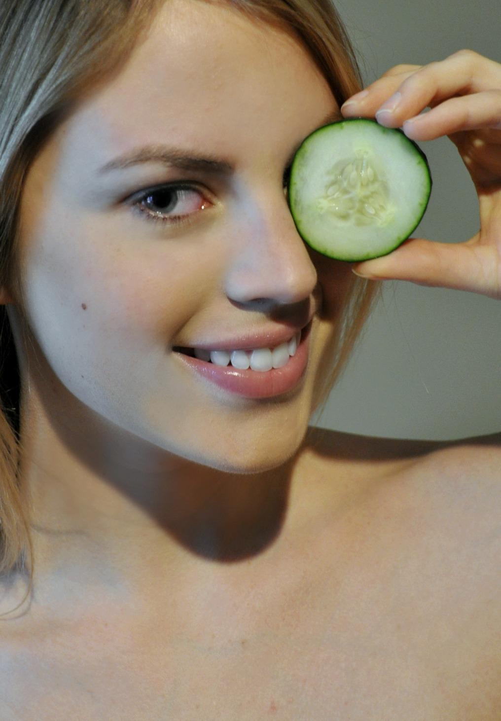 quick-tips-to-banish-puffy-eyes
