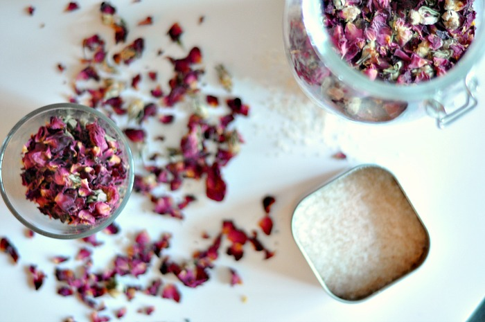 Rose Petal Beauty Remedies For a Romantic Self-Care Weekend