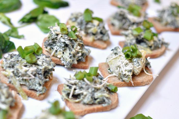 Crock-Pot® Slow Cooker Dairy Free Spinach Artichoke Kale Dip